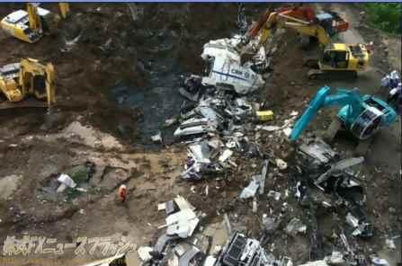 中国 高速鉄道 列車事故 事故車両 埋める D3115 和諧号